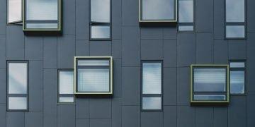 Folienverklebung an Fenster- und Türelementen